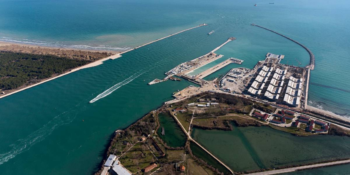 Mobile surge barriers at the three inlets of the Venice lagoon MOSE (Italy)